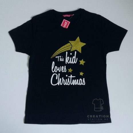 Ladies-this-kid-loves-christmas.jpg