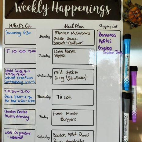 Middle-days-weekly-happenings-planner.jpg